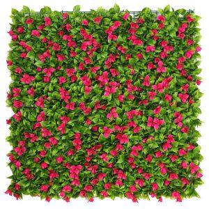 jardín vertical con flores artificiales