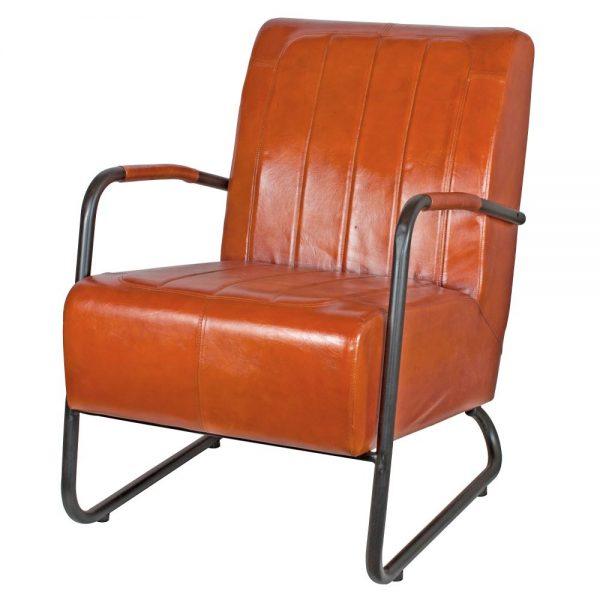 sillón industrial tapizado en cuero marrón