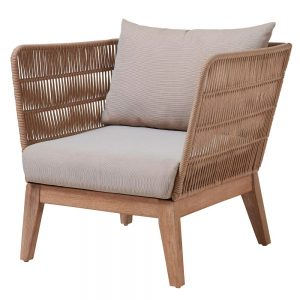 sillón terraza con respaldo trenzado y cojines