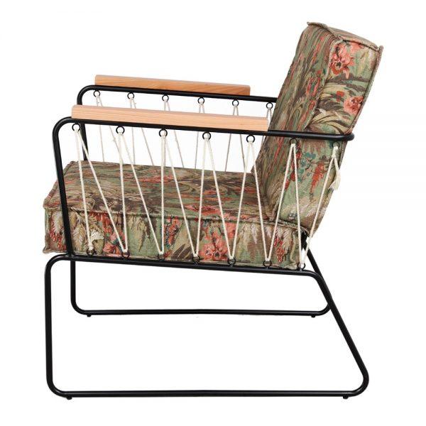 sillón de tela estampado verde