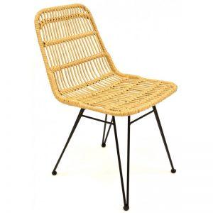 silla rattan beige patas negras