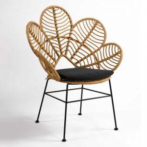 silla diseño flor rattan con cojin negro